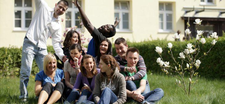 Moja szkoła organizuje kursy językowe za granicą
