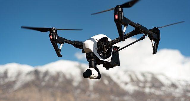 Czy dron to dobra zabawka dla dzieci?
