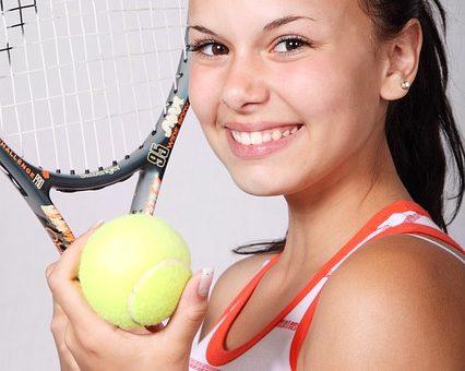 Nasza szkoła tenisa i tani tenis dla dzieci