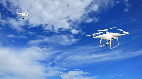 Czym jest UAVO, czyli jak zostać operatorem drona