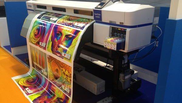 Świetnej jakości banery dzięki drukowi uv