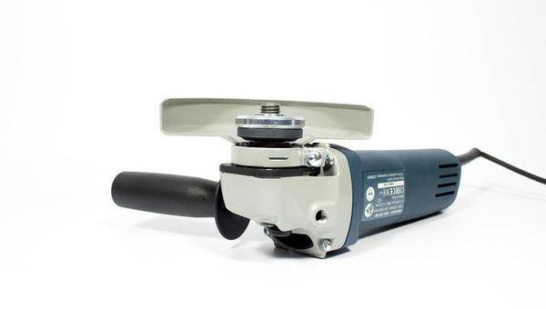 Zakup narzędzi do remontu – wybór zagłębiarki