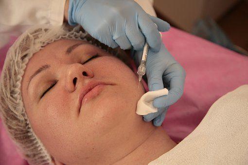 Medycyna estetyczna w walce ze zmarszczkami