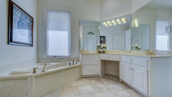 Jakie meble do łazienki wybrać?