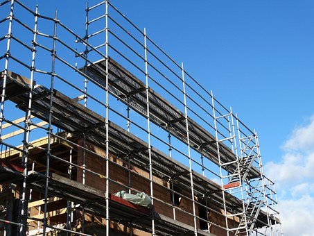 Profesjonalne rusztowanie budowlane